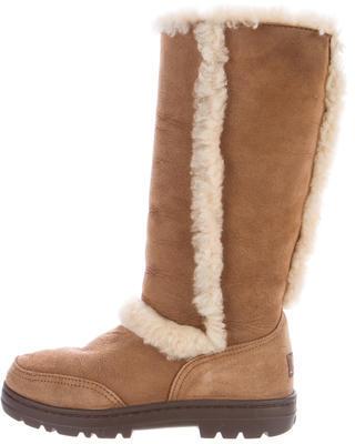 UGG Australia Sundance II Shearling Boots $95 thestylecure.com