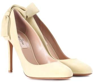 clearance many kinds of 100% authentic for sale Valentino Suede Satin-Accented Pumps sale pay with visa prices Tm7Yx8wH