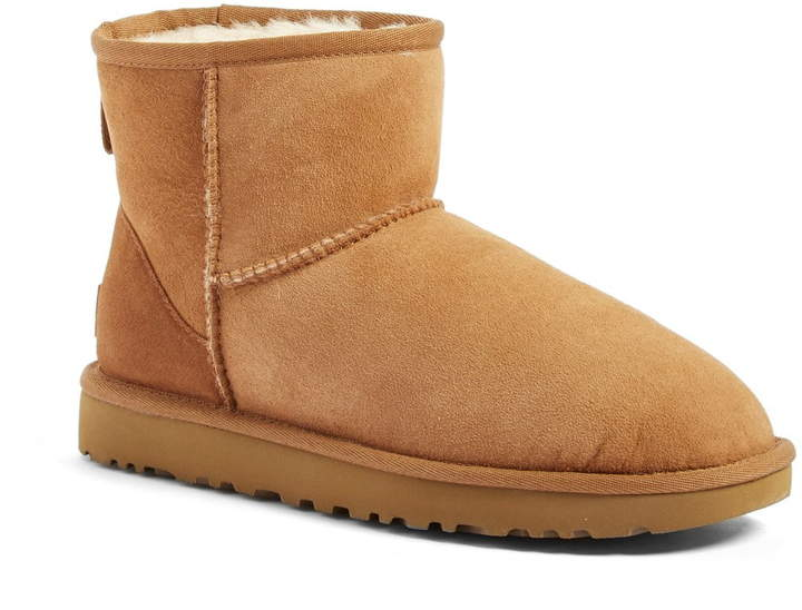 UGG(R) Classic Mini II Genuine Shearling Lined Boot