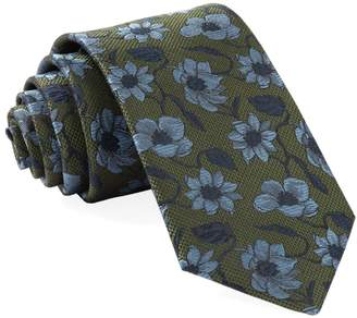 The Tie Bar Power Floral