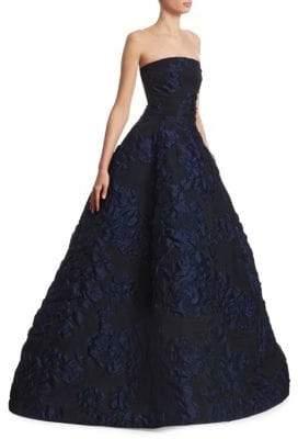 Oscar de la Renta Strapless Cloque Ball Gown
