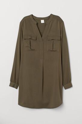 H&M V-neck Viscose Tunic - Green