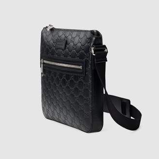 e8ed38be6 Gucci Black Messenger Bags For Men - ShopStyle UK
