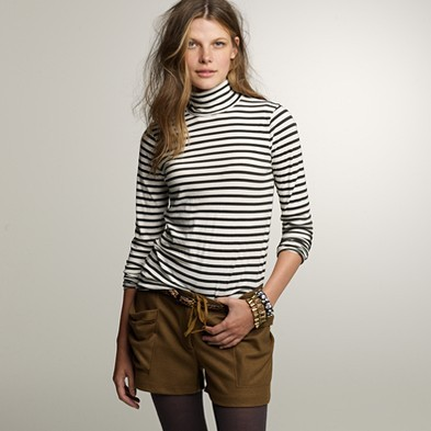 Stripe tissue turtleneck tee