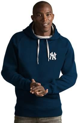 Antigua Men's New York Yankees Victory Pullover Hoodie
