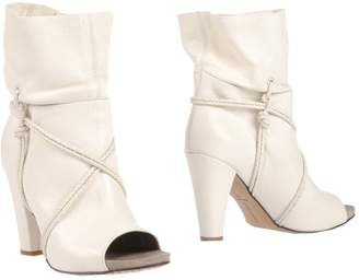 Janet & Janet Ankle boots - Item 44992890OH