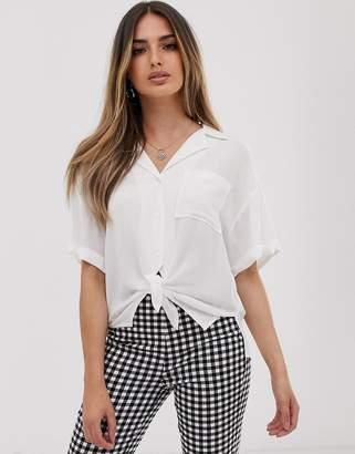 Asos Design DESIGN short sleeve crinkle shirt with tie front