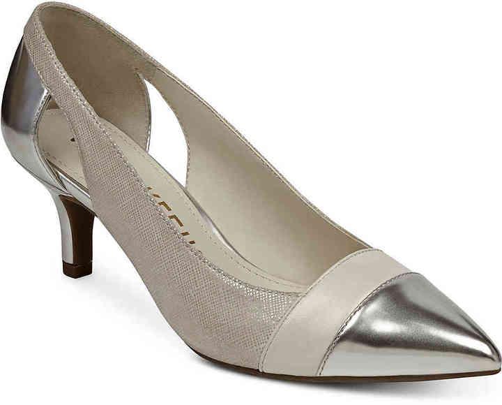 Anne KleinWomen's First Class Pump -Tan/Silver Metallic Faux Leather