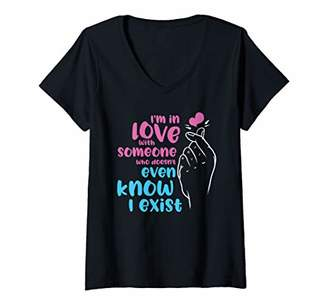Womens Cute KPop I'm In Love Korean Music K-Drama Womens Girls Gift V-Neck T-Shirt