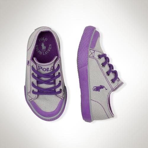 Chandler Sneaker