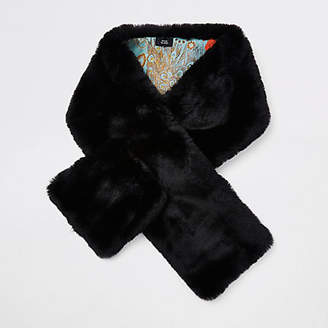 River Island Black faux fur shawl scarf