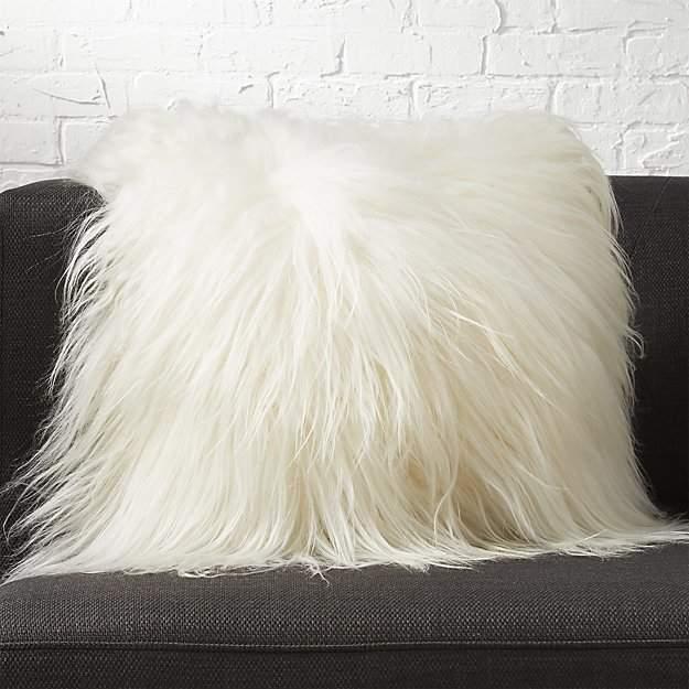 23″ Icelandic Sheepskin Pillow