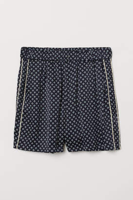 H&M Patterned Shorts - Blue