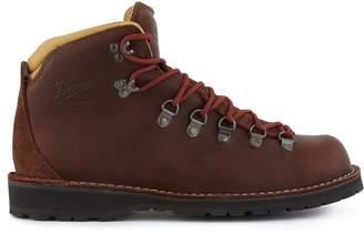 Danner Mountain Pass hiking boots