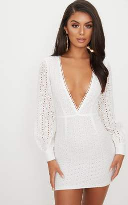PrettyLittleThing White Crochet Lace Puff Sleeve Bodycon Dress