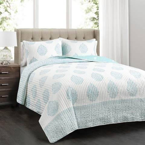 Blue Teardrop Leaf Quilt Set