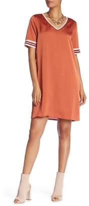 Scotch & Soda V-Neck Short Sleeve Shift Dress