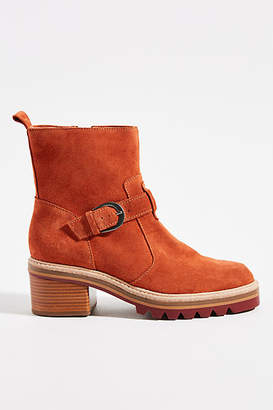 Bernardo Scout Ankle Boots
