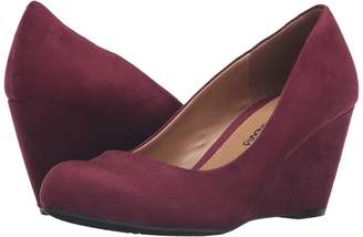 Chinese Laundry DL Not Me Wedge Pump Women's Wedge Shoes
