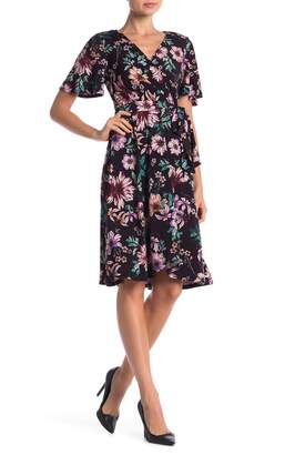 Donna Morgan Floral Printed Wrap Dress