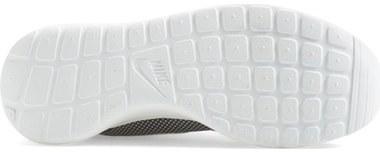 Nike 'Roshe Run' Sneaker (Women)
