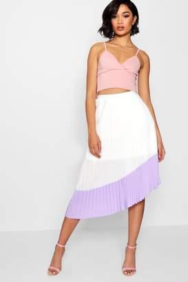boohoo Woven Pleated Contrast Hem Midi Skater Skirt