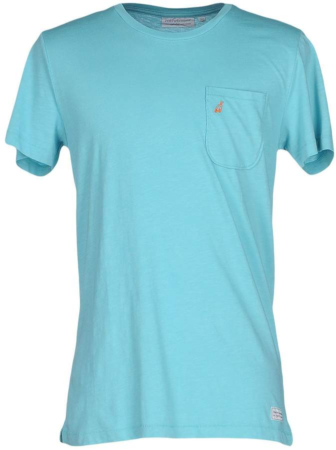 Peak Performance T-shirts - Item 37918615