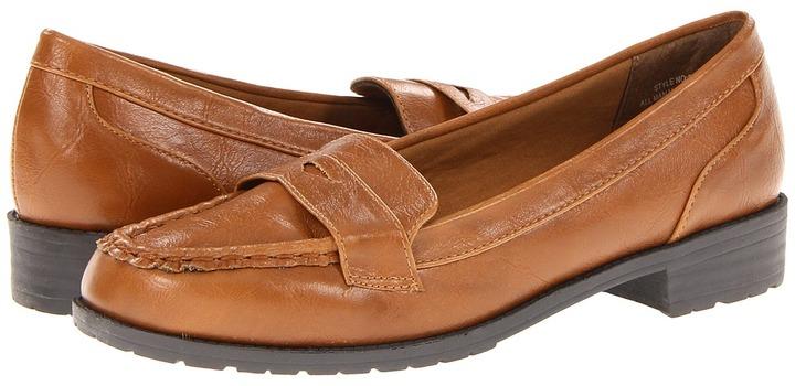 Bouquets Maxie Women's Slip on Shoes