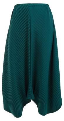 Issey Miyake Bloom Pleated Balloon Culottes - Womens - Dark Green