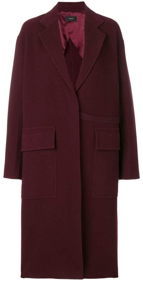 Mittellanger Mantel mit Pattentaschen