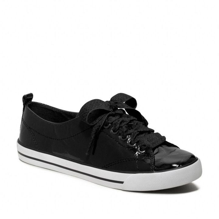 Suzzy Sneaker