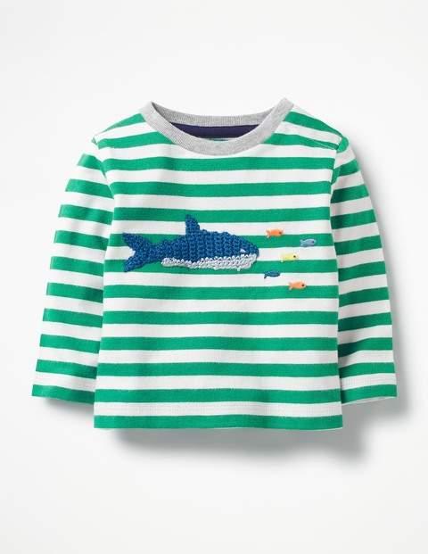 T-Shirt mit gehäkelter Applikation