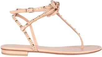 Gianvito Rossi Toe strap sandals