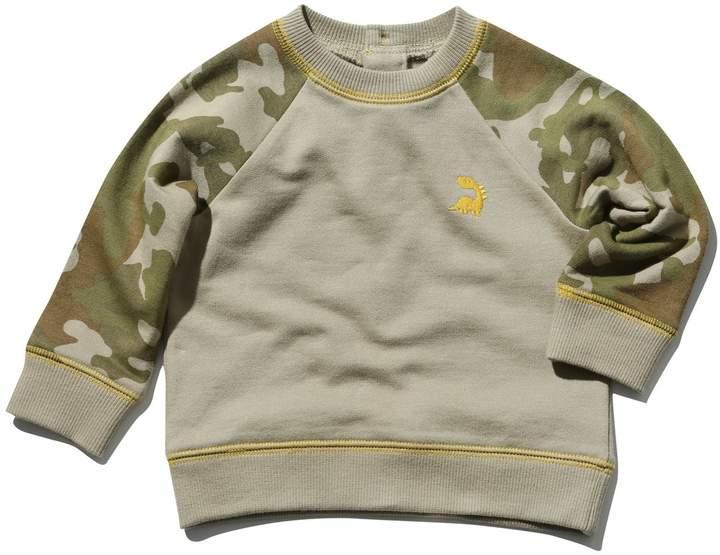 Camouflage raglan sleeve sweater