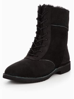 UGG Daney Boots - Black