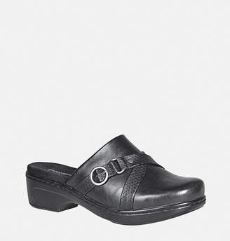 Avenue Beverly Buckle Clog