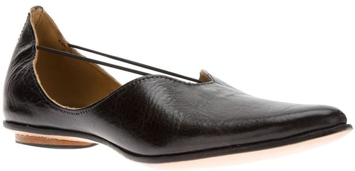 Cydwoq pointed toe loafer
