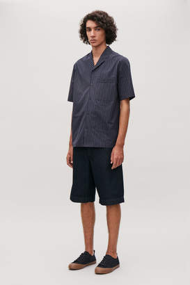 Cos SHORT-SLEEVED PINSTRIPED SHIRT