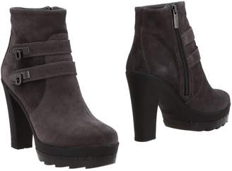 Alberto Guardiani Ankle boots - Item 11493184ME