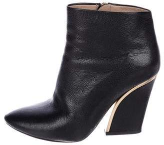 Chloé Leather Pointed-Toe Ankle Boots