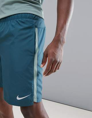 Nike Running Dry Challenger 9 Inch Shorts In Green 908800-328