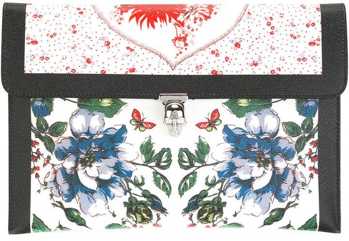 Alexander McQueenAlexander McQueen printed skull flap clutch