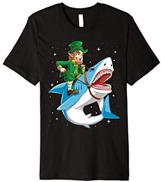 DAY Birger et Mikkelsen St Patricks Shirt Boys Kids Leprechaun Riding Shark Girl