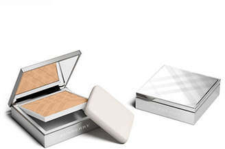 Burberry Bright Glow Compact Foundation