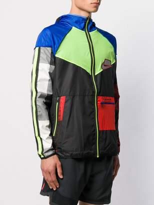 Nike Wild Run Windrunner jacket