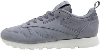 a13fbdd679dd Reebok Classics Womens Classic Leather MN Trainers Asteroid Dust Chalk