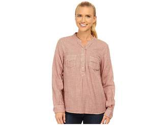 Carve Designs Dylan Chambray Shirt Women's Long Sleeve Pullover