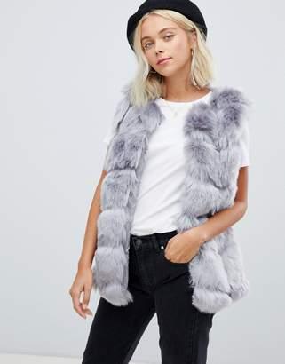 Parisian faux fur vest
