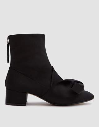 N°21 Satin Ankle Boot in Black