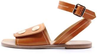 Lou.Earl Pierrette Flat Sandals In Cognac